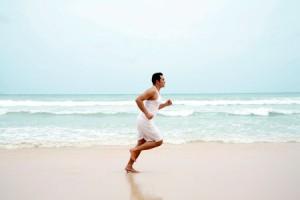 Физически крепким людям среднего возраста рекомендуется бег