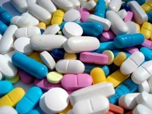 Медикаментозные осложнения связанные с нерациональным применением лекарственных средств
