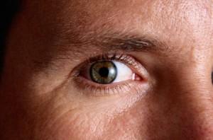 Медикаментозные осложнения органов зрения и слуха
